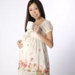 妊娠中、妊婦期間は何を着る?マタニティ服の選び方