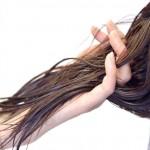 驚くほど多い!!妊娠中・産後の抜け毛の原因と対策