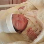 育児体験談 母乳赤ちゃんは「新生児黄疸」が長引く