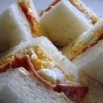 【ママ体験談】譲り合いのサンドイッチを赤ちゃんに