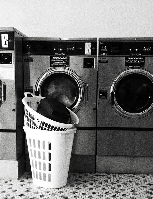 laundromat-1744612_640