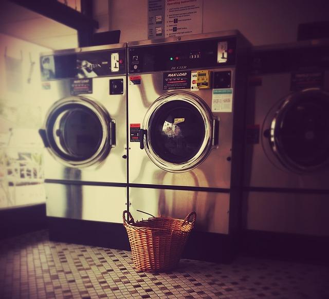 laundromat-1806114_640